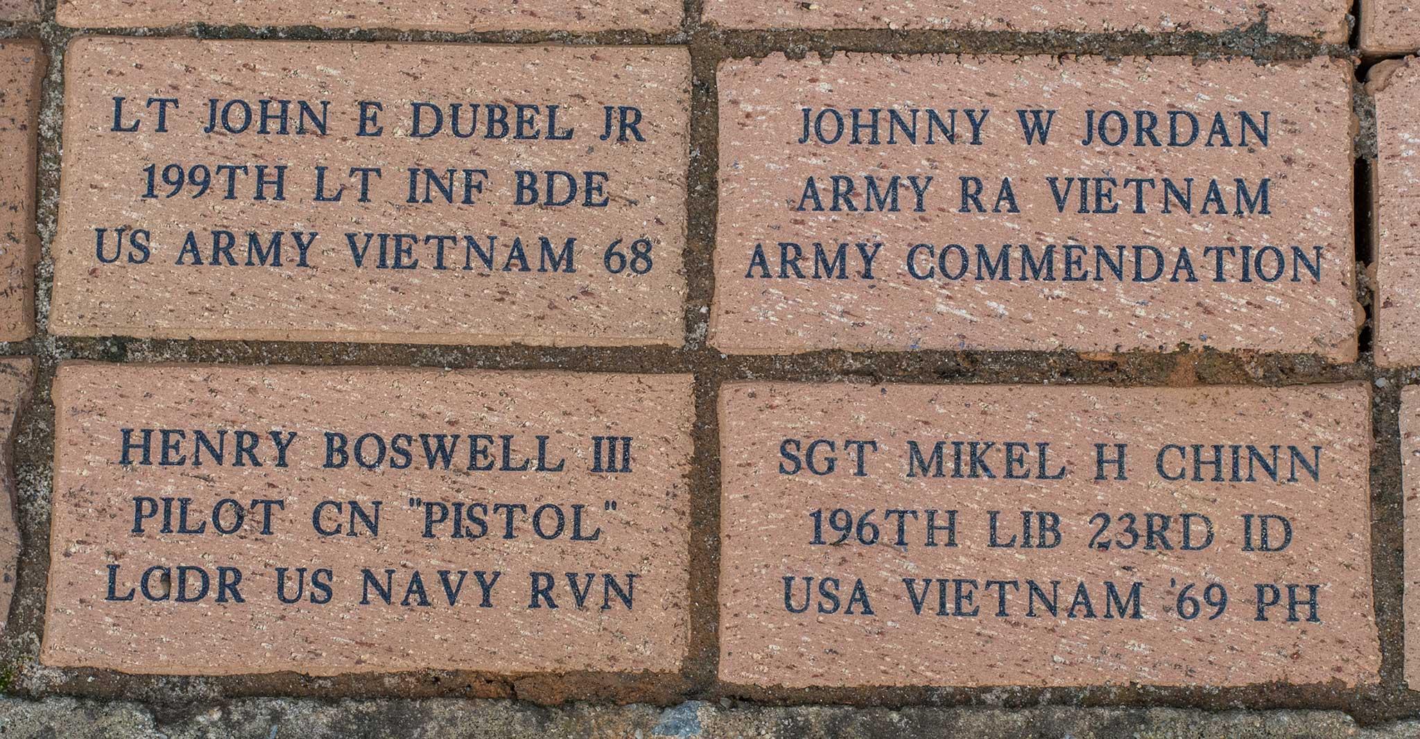 LT JOHN E DUBEL JR 199TH LT INF BDE US ARMY VIETNAM 68