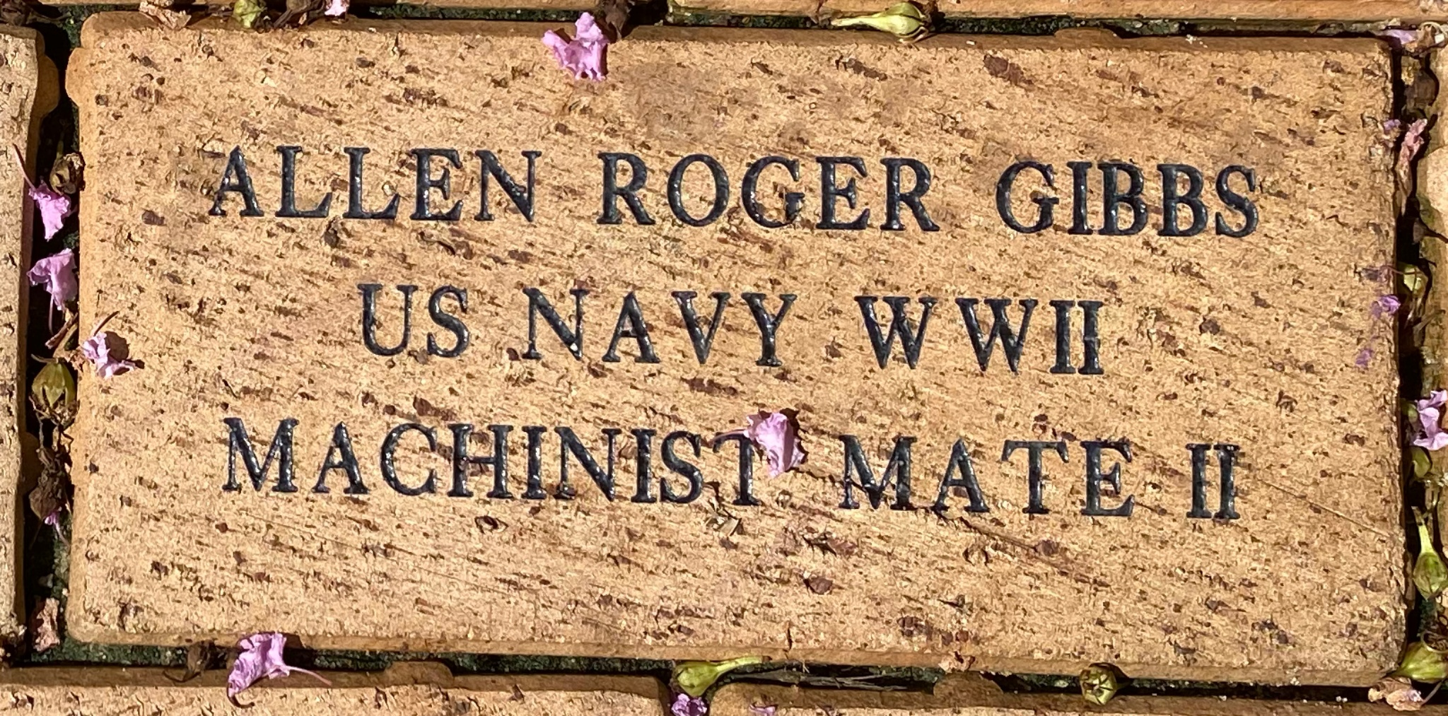 ALLEN ROGER GIBBS US NAVY WWII MACHINIST MATE II
