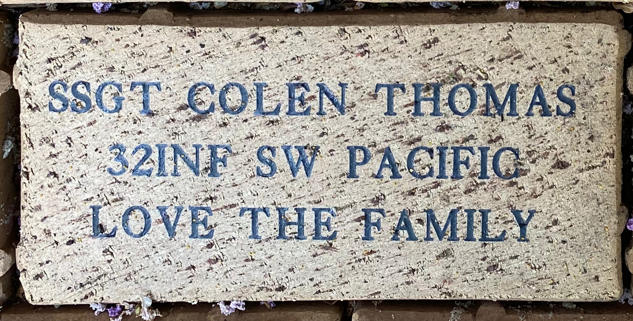 SSGT COLEN THOMAS 32INF SW PACIFIC LOVE THE FAMILY