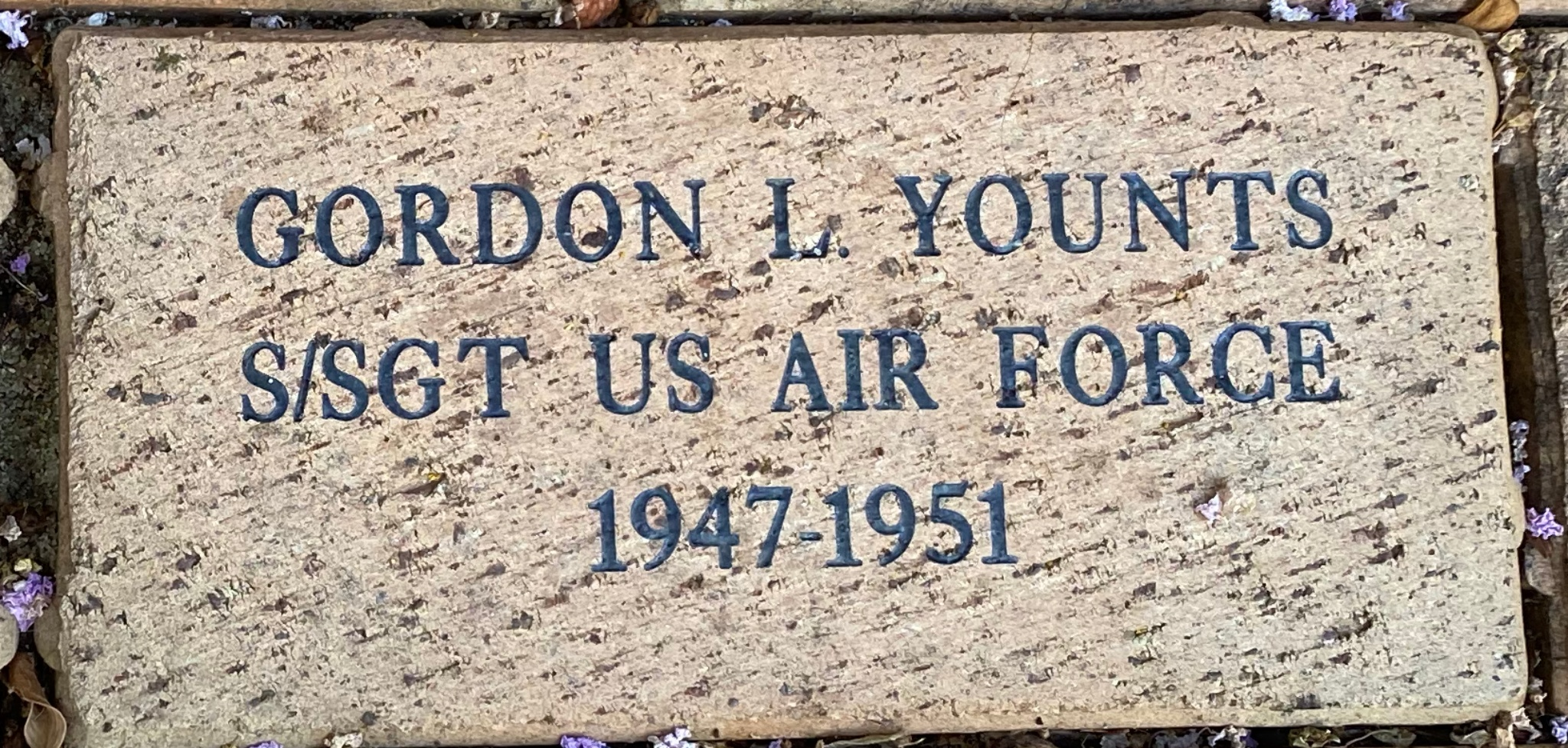 GORDON L. YOUNTS S/SGT US AIR FORCE 1947-1951