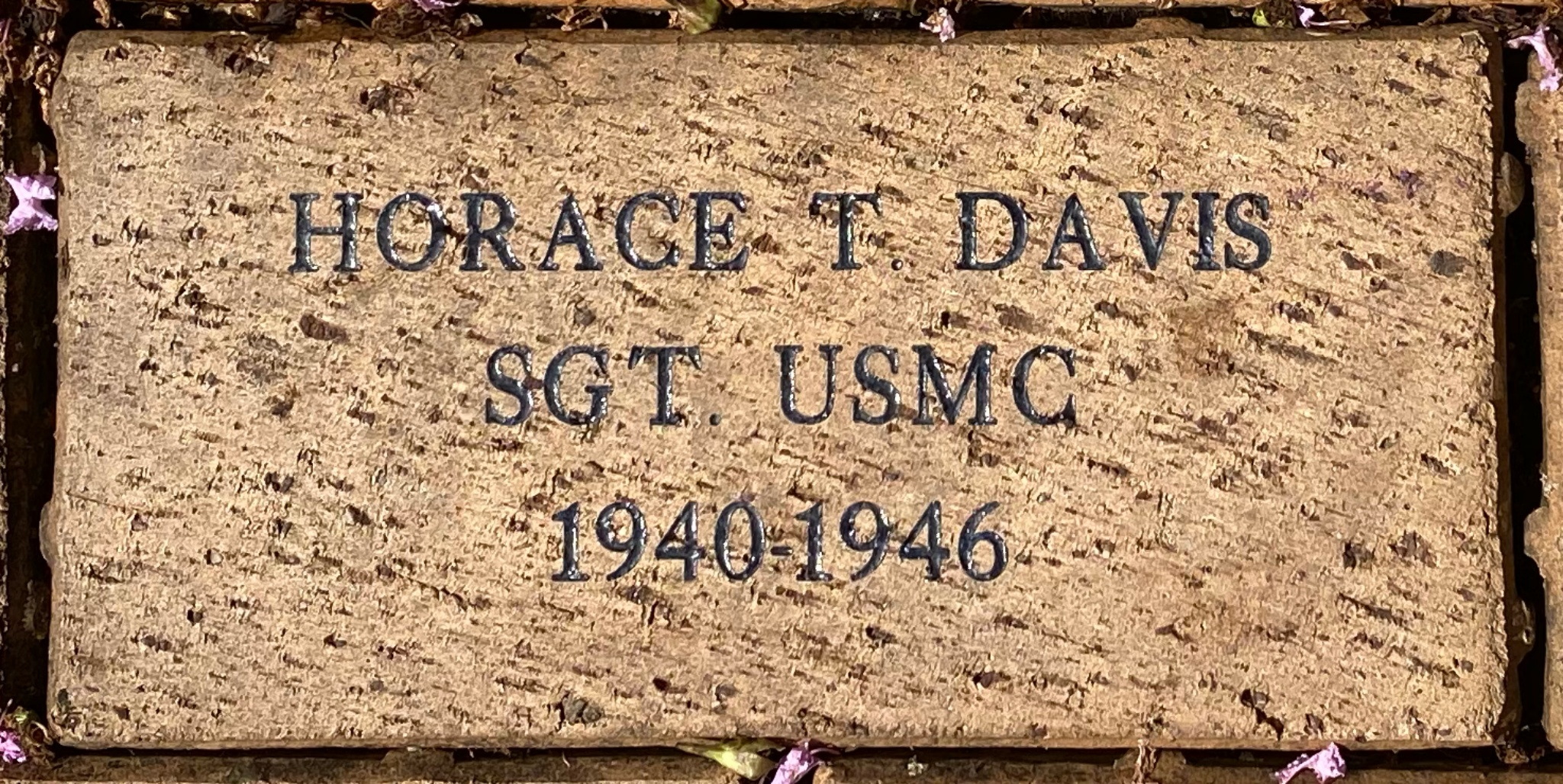 HORACE T. DAVIS SGT. USMC 1940-1946