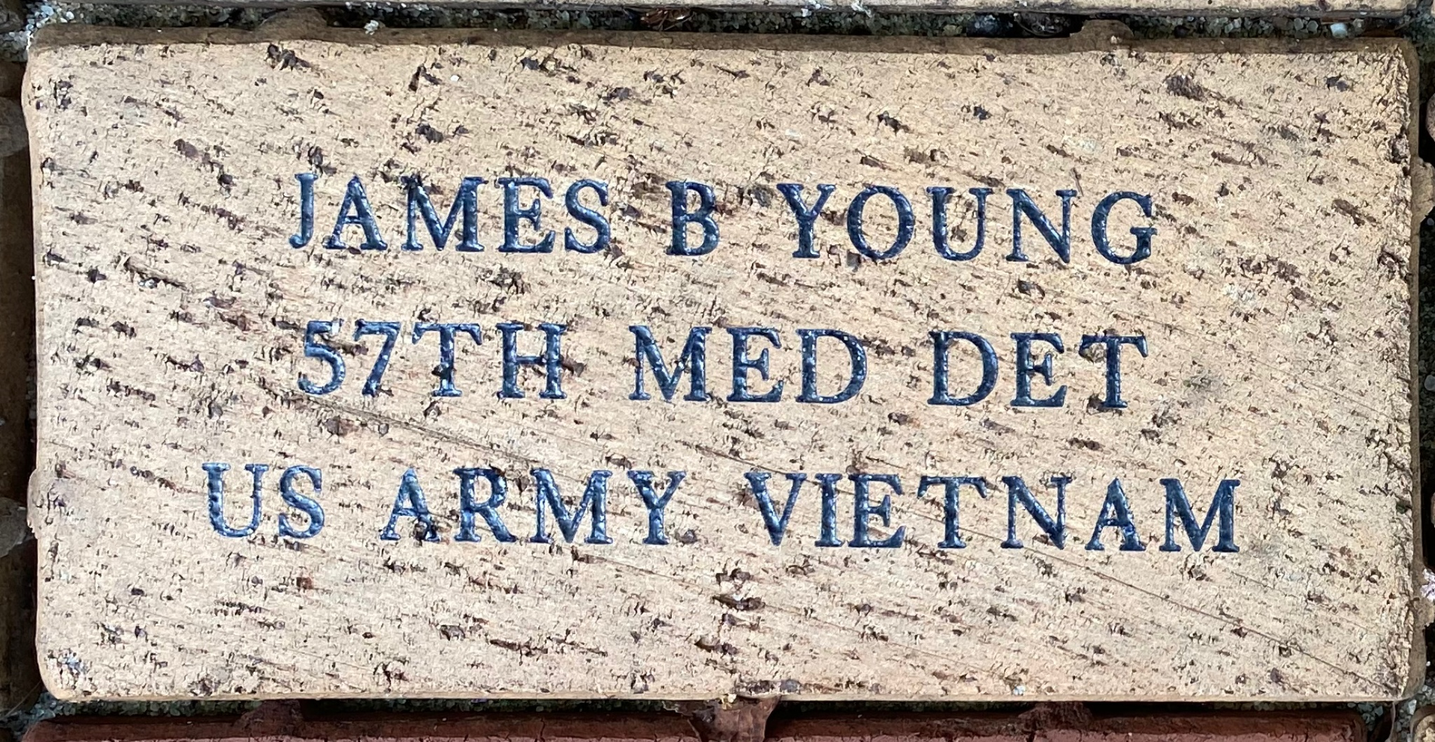 JAMES B YOUNG 57TH MED DET US ARMY VIETNAM
