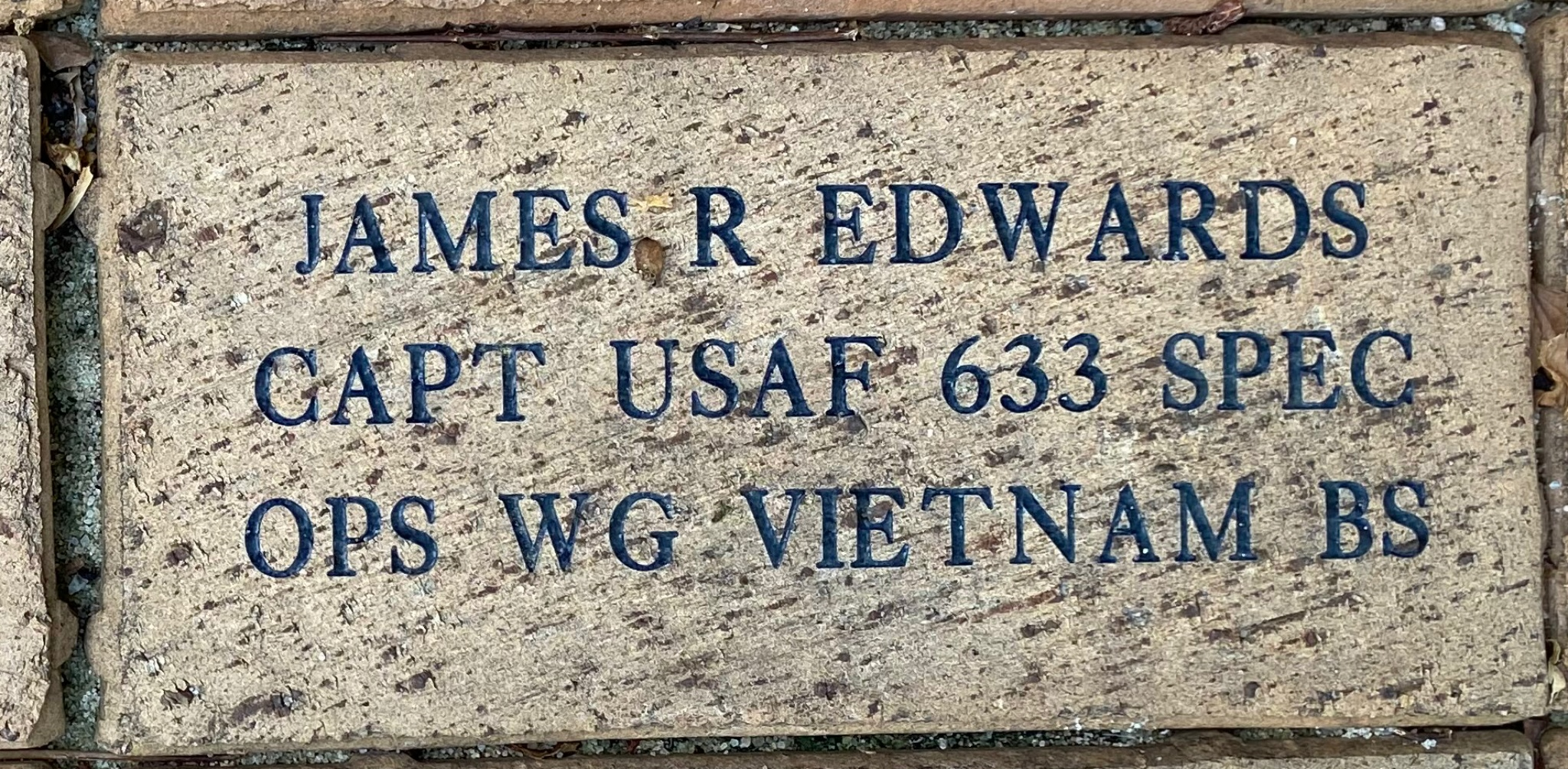 JAMES R EDWARDS CAPT USAF 633 SPEC OPS WG VIETNAM BS