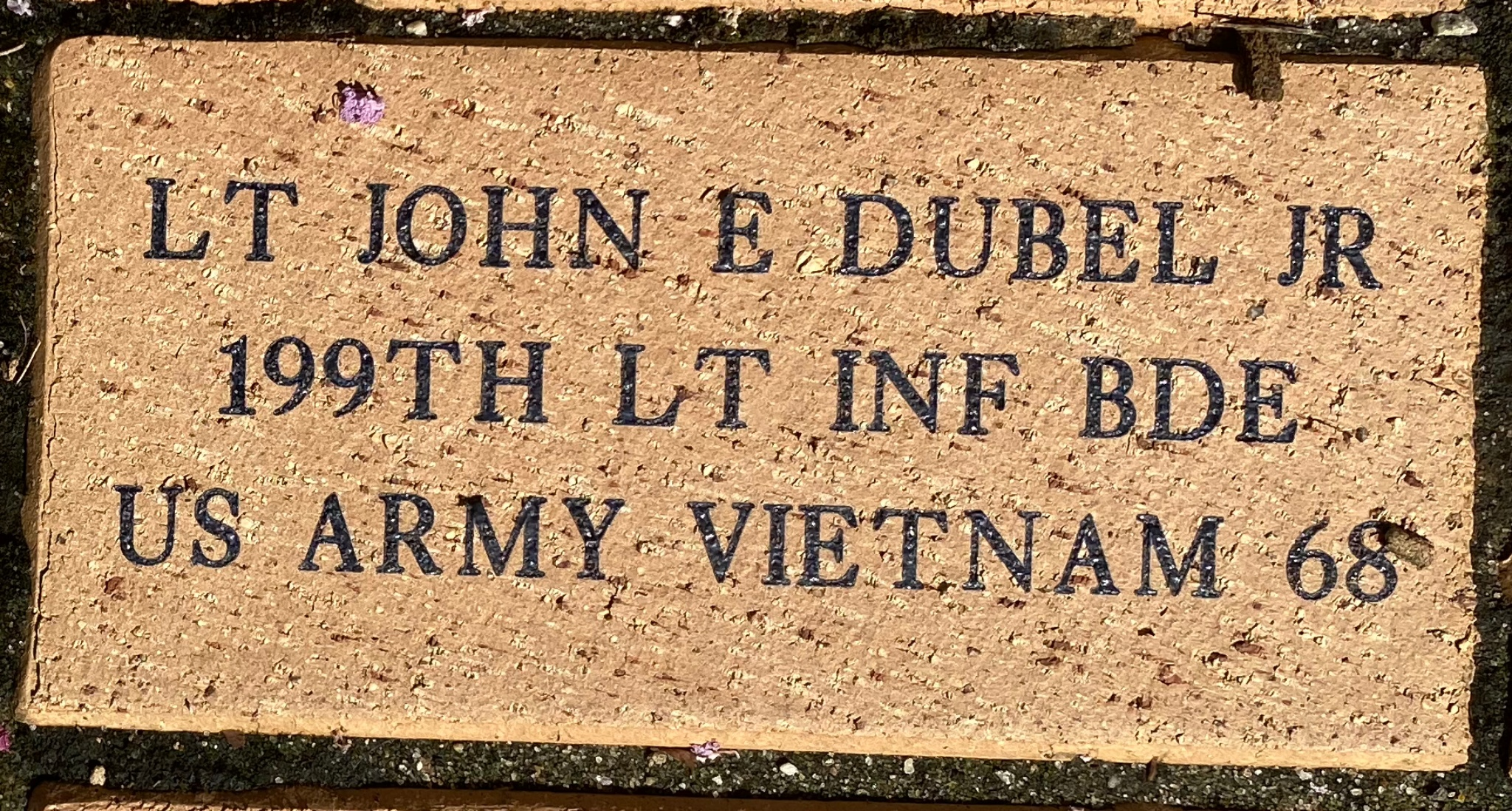 LT JOHN E DUBEL JR 199TH LT INF BDE US ARMY VIETNAM 68
