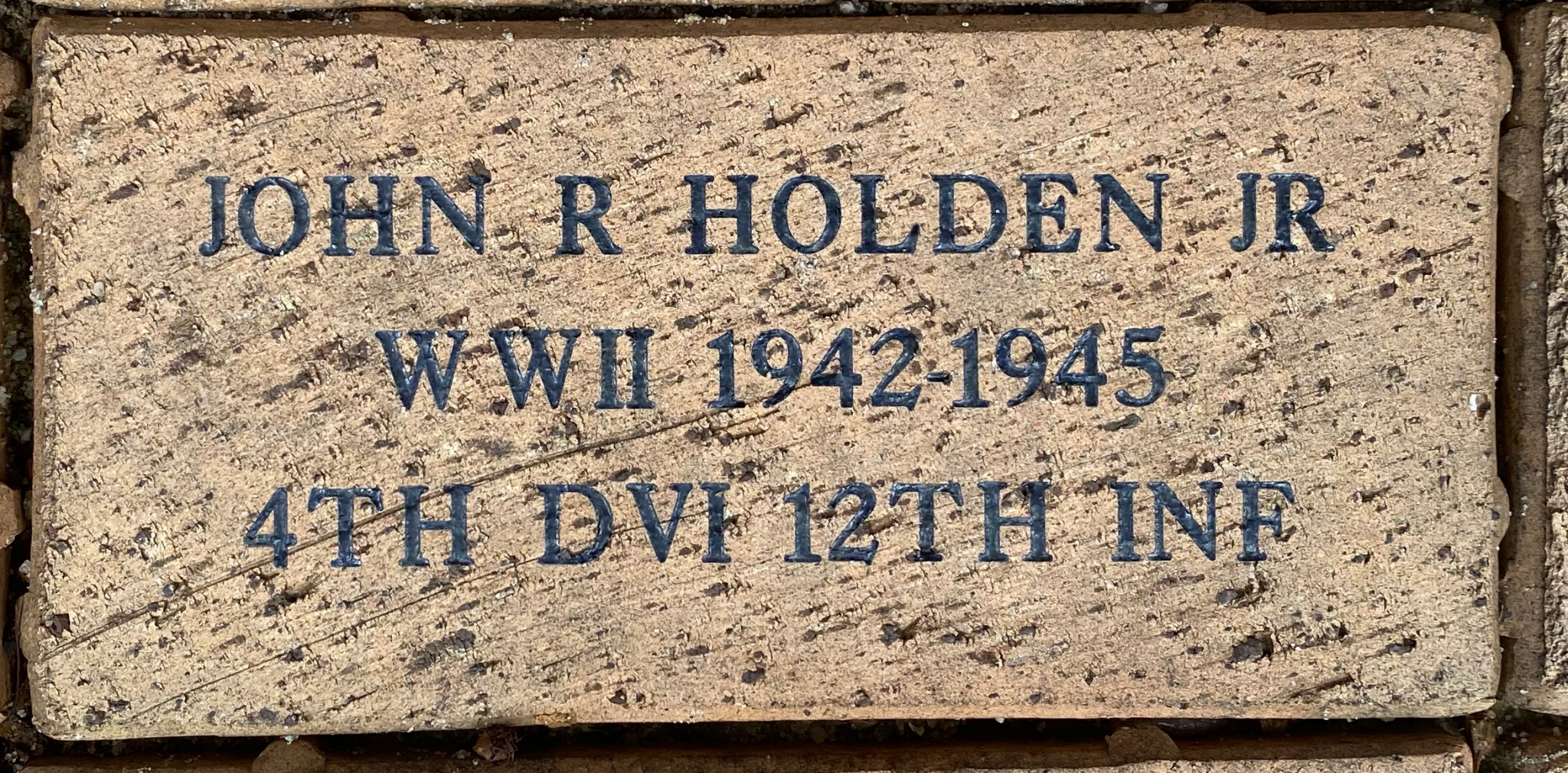 JOHN R HOLDEN JR WWII 1942-1945 4TH DVI 12TH INF