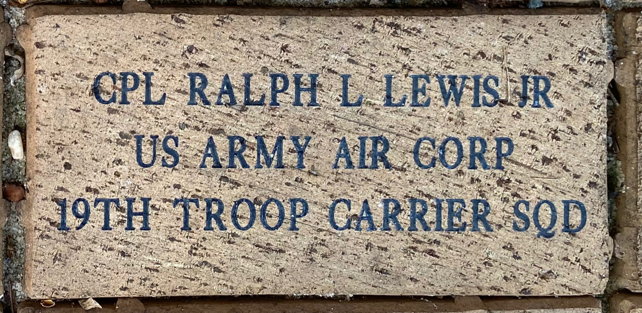 CPL RALPH L LEWIS JR US ARMY AIR CORP 19TH TROOP CARRIER SQD