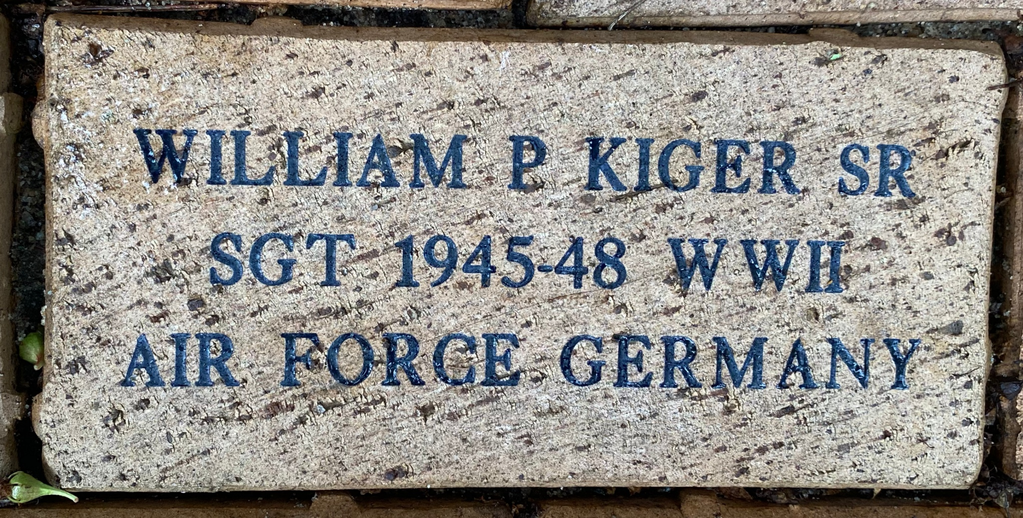 WILLIAM P. KIGER SR SGT 1945-1948 WWII AIR FORCE GERMANY