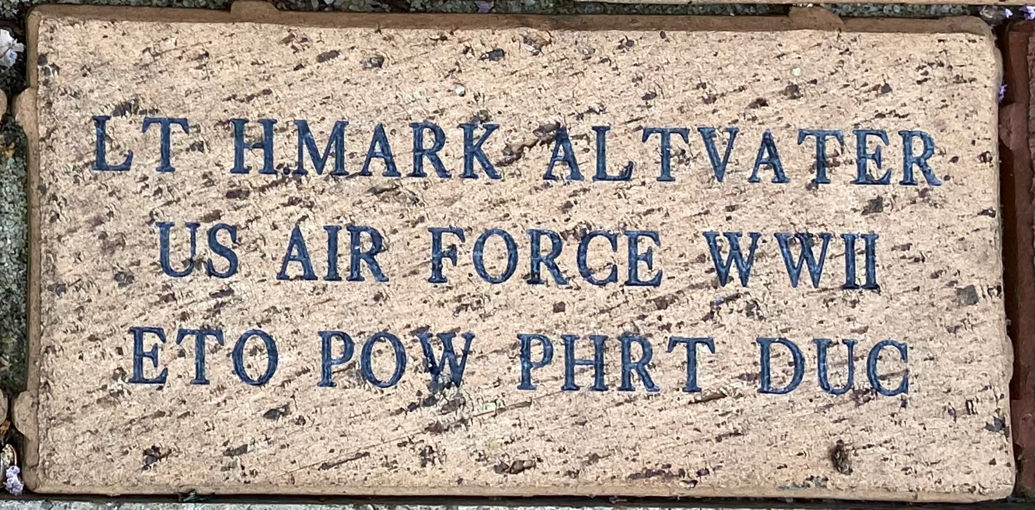LT H.MARK ALTVATER US AIR FORCE WWII ETO POW PHRT DUC