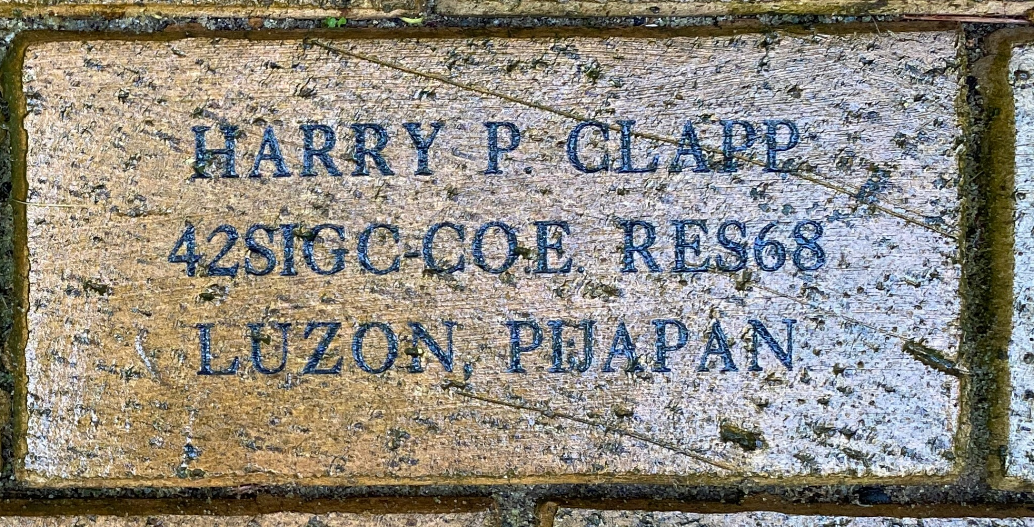 HARRY P. CLAPP 42SIGC-COE. RES 68 LUZON, PIJAPAN