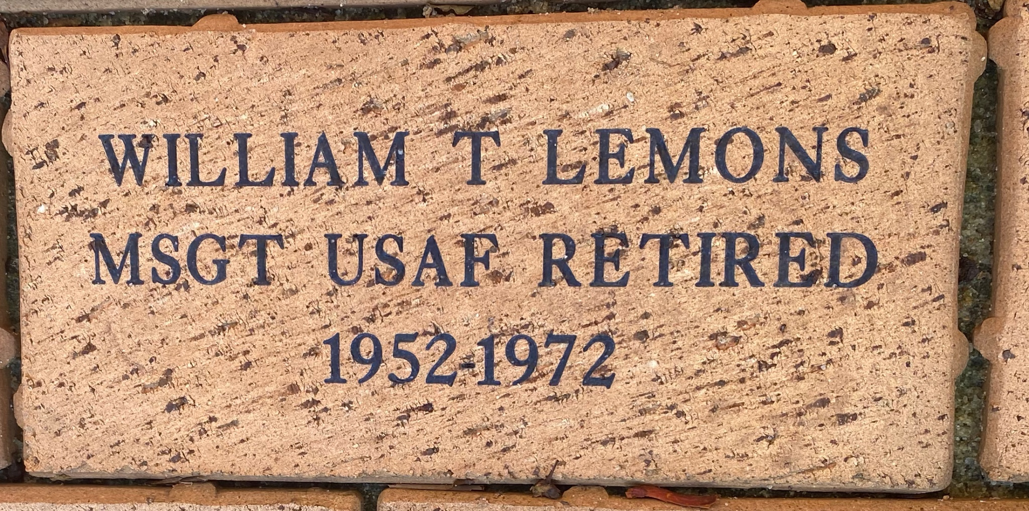 WILLIAM T LEMONS MSGT USAF RETIRED 1952-1972
